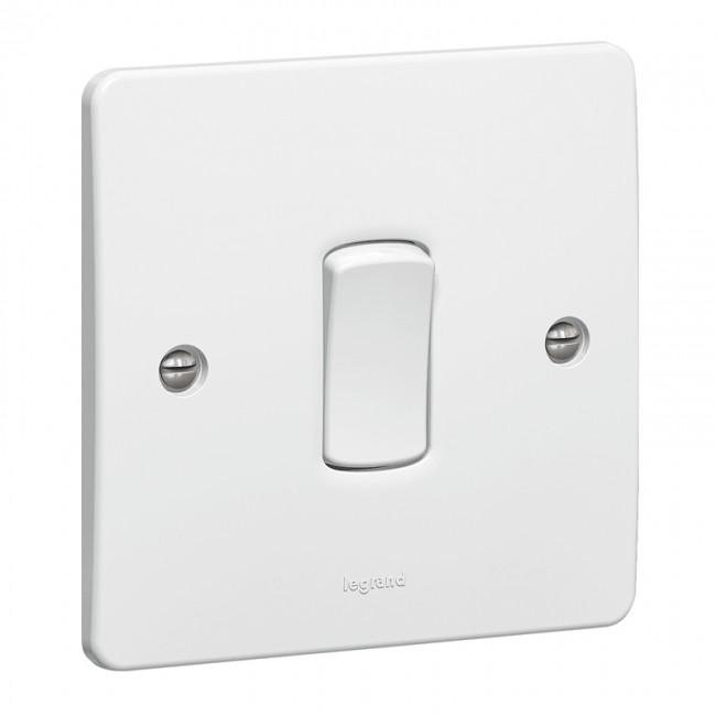 10AX 1 Gang Intermediate Light Switch