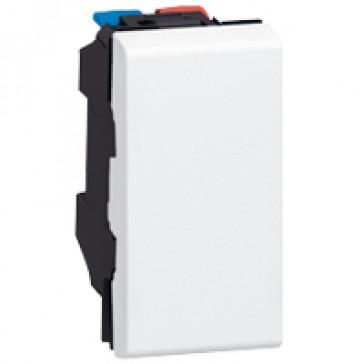 Switch Mosaic - 10 AX 250 V~ - 1 module - white