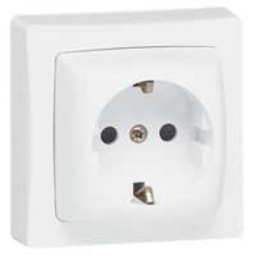 Surface mounting socket outlet - German standard - 2P+E + shutters - 16 A 250 V~