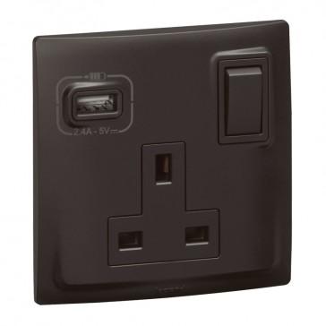 British standard socket outlet with USB charger Mallia - switched - 1 gang - 13 A 250 V~ - matt black