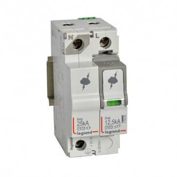 SPD - protection of main distribution board -T1+T2 -limp 12.5 kA/pole -1P+N left