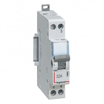 Changeover switch - 2-way 250 V~ - 32 A - 1 module