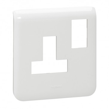 Dedicated plate for trunking Arteor - for 1-gang 13 A switched socket - white