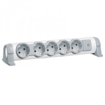 Multi-outlet extension for comfort - 5x2P+E orientable - without cord