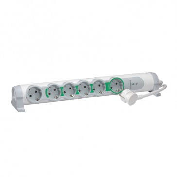 Multi-outlet extension - masters slave function - 6 x 2P+E - 1.5 m cord