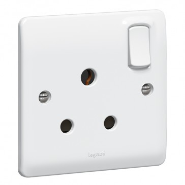 Socket outlet Synergy - 1 gang switched - 15 A 250 V~ - white