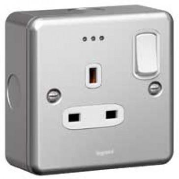 Double pole socket outlet Synergy - 1 gang switched + Led - 13 A 250 V~ - metalclad