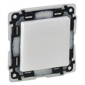 Double pole switch Valena Life - 16 AX 250 V~ - IP44 - white