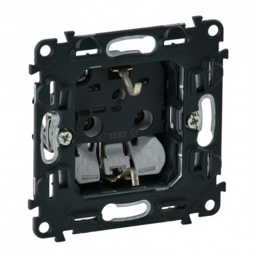 2P+E socket Valena In'Matic - automatic terminals - German standard - 16 A 250 V~