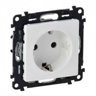2P+E socket Valena Life - automatic terminals - German standard - 16 A 250 V~ - white