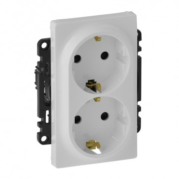 2x2P+E socket with shutters Valena Life - German standard - 16 A 250 V~ - white