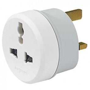 Multi-standard to British standard adaptor - 2P+E - 13 A outlet - 3250 W250 V~