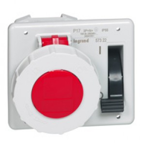 Interlocked switched socket with small flange P17 - IP55 - 380/415 V~-16 A -3P+N+E