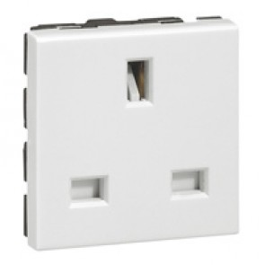 Socket outlet Mosaic - British - 2P+E 13 A - 2 modules - white