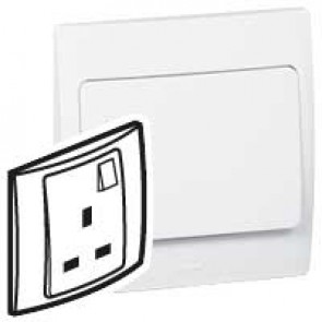 Socket outlet Mallia - switched - 1 gang - 13 A 250 V~ - white