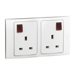 Socket outlet Mallia - switched - 2 gang+Led - 13 A 250 V~ - white