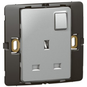 Socket outlet Mallia - switched - 1 gang - 13 A 250 V~ - silver