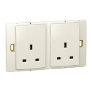 Socket outlet Mallia - unswitched - 2 gang - 13 A 250 V~ - pearl