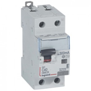 RCBO - DX³ 6000 -10 kA -1P+N-230 V~ -40 A -300 mA -AC type -N right hand