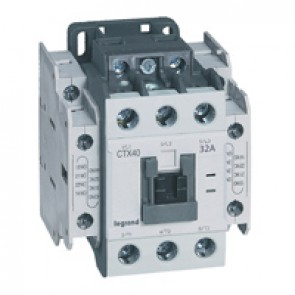 3-pole contactors CTX³ 40 - 32 A - 24 V= - 2 NO + 2 NC - screw terminals