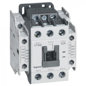 3-pole contactors CTX³ 40 - 32 A 230 V~ - 2 NO + 2 NC - screw terminals