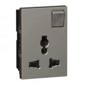 Multistandard socket Arteor - 2P+E switched - shuttered - 3 modules - magnesium