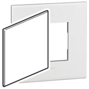 US blanking cover plate Arteor - for 4''x4'' boxes - white