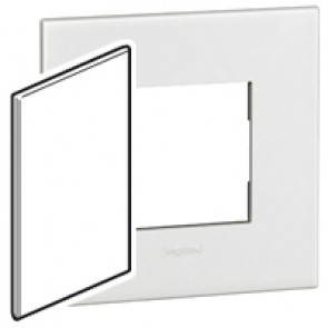 Italian/US blanking cover plate Arteor - for 2'' x 4'' boxes - white