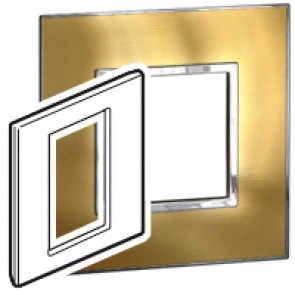 Plate Arteor - British standard - square - 3 modules 1-gang - gold brass