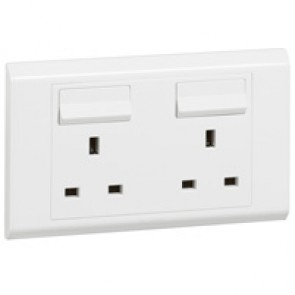 British standard socket outlet Belanko - 2 gang Single Pole switched - 13 A 250 V~