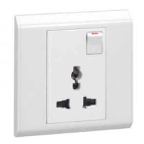 Multistandard switched socket outlet Belanko - white