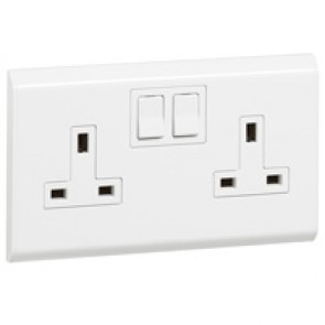 BS socket outlet Belanko - 2 gang Single Pole switched inboard rockers - 13 A 250 V~