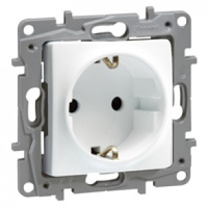 2P+E German standard socket outlet Niloé - with shutters -screw terminals -white