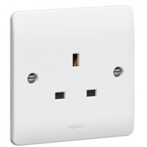 Socket outlet Synergy - 1 gang unswitched - 13 A 250 V~ - white