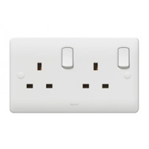 Double pole socket outlet Synergy - 2 gang - 13 A 250 V~ - white