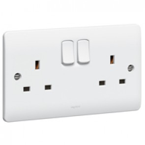 Socket outlet Synergy - 2 gang switched - 13 A 250 V~ - white