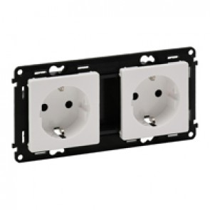 Double socket Valena Life - German standard - prewired - 16 A 250 V~ - white