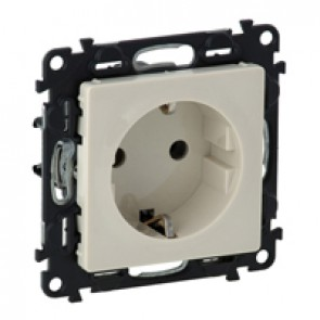 2P+E socket with shut. Valena Life - screw terminals - German standard -16 A -250 V~ -ivory
