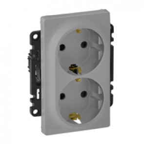 2x2P+E socket Valena Life - German standard - 16 A 250 V~ - alu