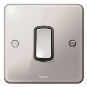 Plate switch Synergy -1 gang -1 way -10 AX -250 V~ - Authentic polished stainless steel
