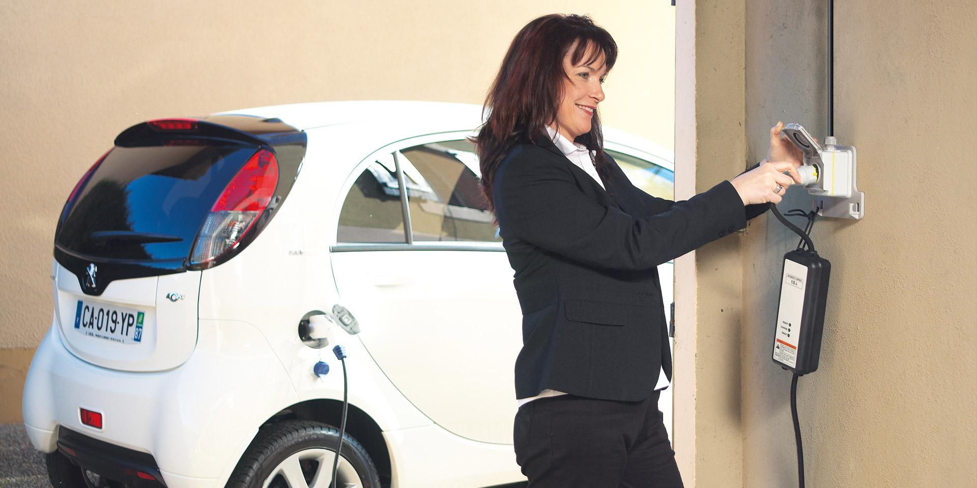 Green'UP electric charging stations by Legrand